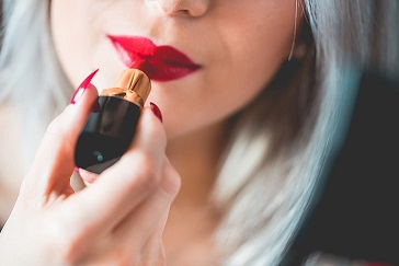 Can You Wear Red Lipstick Everyday with Smile