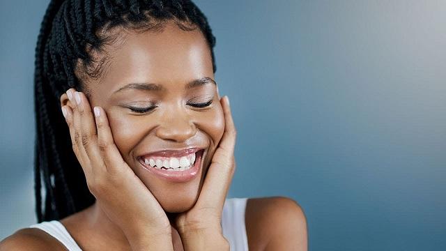 Highlighters for Dark Skin Beauties