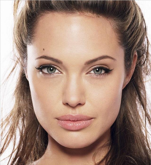 Beauty Secrets Angelina Jolie Follows